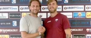 Il direttore sportivo Raffaele Rubino e il nuovo arrivato Stefano Scognamillo