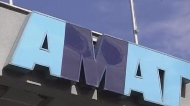 Scade il contratto a 70 autisti dell'Amat, i nodi per il rinnovo