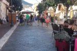 Isole Eolie prese d'assalto dai turisti: oltre 10 mila i pendolari, Lipari la più gettonata