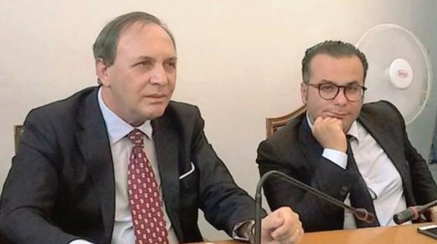 aggressione vicesindaco paternò, Ezio Mannino, Catania, Cronaca