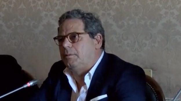approvazione rendiconto Ars, Alberto Pierobon, Gianfranco Miccichè, Ruggero Razza, Sicilia, Economia