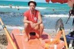 Assistente bagnino salva due bambini a Sciacca