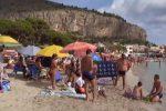 Ferragosto in spiaggia, i festeggiamenti a Mondello