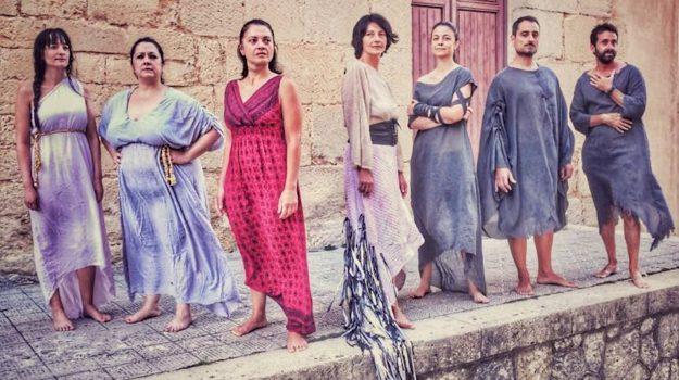 Penelope - L'Odissea è fimmina, teatro antico di segesta, Trapani, Cultura