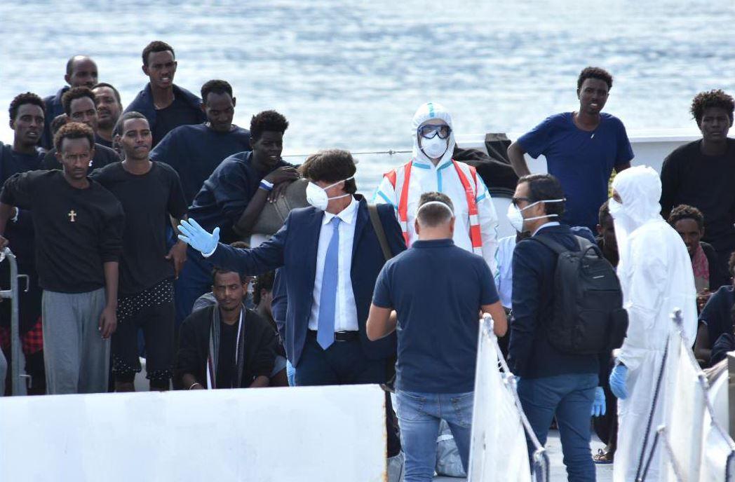 Fate sbarcare i migranti dalla nave Diciotti