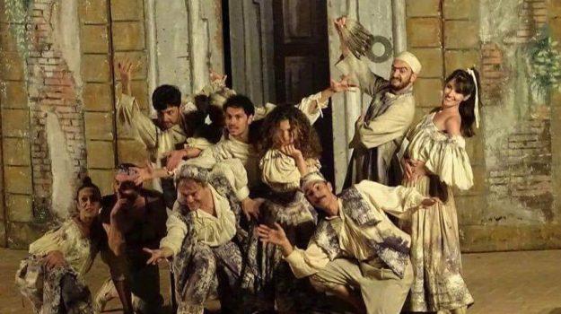 dionisiache, Mostellaria, Trapani, Cultura