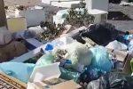 Le immagini per le strade di Palermo piene di rifiuti