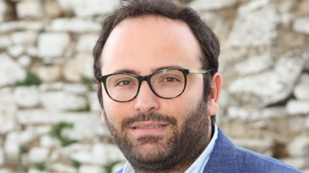 assessore economia alcamo, Roberto Scurto, Trapani, Politica