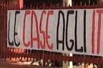 Case ai rom, protesta in via Felice Emma: il Comune va avanti