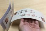 Etichette smart, formate da elementi in rame stampati su un substrato simile alla carta, sottile e flessibile (fonte: Xinyu Zhang et al.)