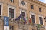 Crollo di Genova, a Palermo bandiere a mezz'asta in segno di lutto