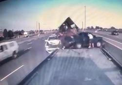 Un incidente che poteva avere gravi conseguenze, tutti salvi i passeggeri coinvolti
