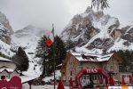 Rifugio Contrin sulle Dolomiti innevato