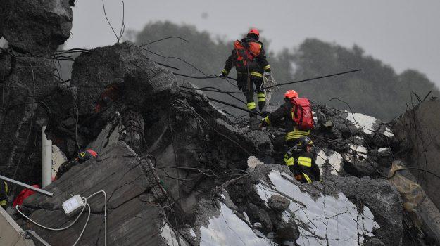 crollo ponte genova, viadotto Morandi, Sicilia, Cronaca