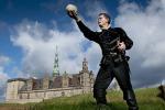 Rappresentazioni teatrali di Shakespeare al maestoso castello rinascimentale di Kronborg, in Danimarca