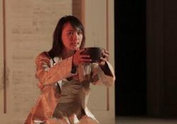 Da «Ris» e «L'Allieva» al teatro: Jun Ichikawa interpreta l'«Antigone» di Sofocle