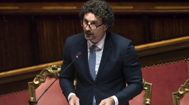 toninelli sicilia, Danilo Toninelli, Sicilia, Politica