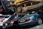 Smontavano auto lusso per di pezzi ricambio