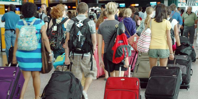 Sud, 600mila famiglie senza lavoro: due milioni in fuga, addio ripresa
