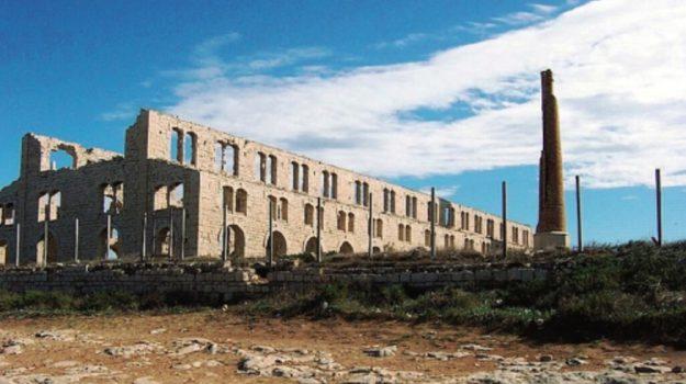 fornace penna scicli, Ragusa, Economia