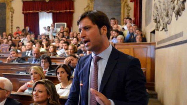 bilancio comune palermo, Debiti bilancio Comune Palermo, i coraggiosi ferrandelli, Fabrizio Ferrandelli, Leoluca Orlando, Palermo, Politica