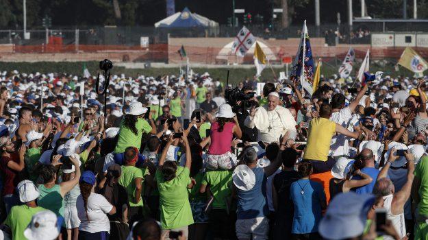 circo massimo papa, festa giovani papa, Sicilia, Cronaca
