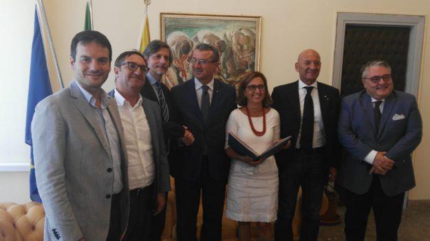 confesercenti, Sicilia, Economia