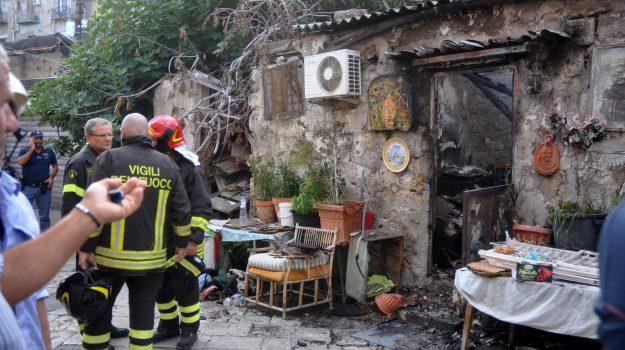 Incendio morto Palermo, incendio palermo, Palermo, Cronaca