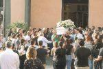 Tragedia a Bronte, folla ai funerali di Chiara Proietto
