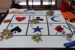 Praticava il gioco d'azzardo in strada, marocchino denunciato a Piazza Armerina