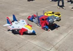 Un camion, un aereo una macchina. A prima vista sembrano dei comuni giocattoli