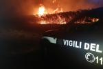 L'incendio divampato a Marina di Ragusa