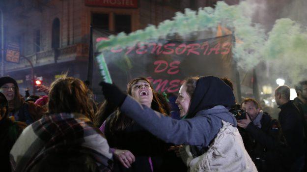 aborto argentina, Sicilia, Mondo