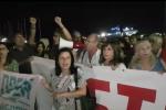 La manifestazione per chiedere lo sbarco dei migranti dalla Diciotti, Catania