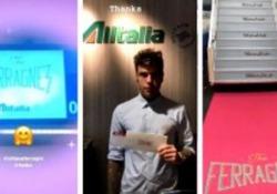 Lo sposo decolla dall'aeroporto di Linate a bordo di un volo con gadget e biglietti speciali