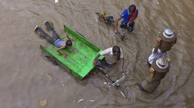 inondazioni india, monsoni india, Sicilia, Mondo
