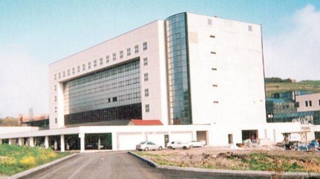 ospedale umberto I, Emanuele Cassarà, Enna, Cronaca