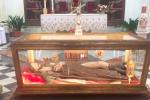 In migliaia a Motta D'Affermo rendono omaggio alle reliquie di San Rocco