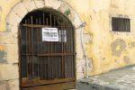 Il rifugio antiaereo sequestrato (Foto Rosana)