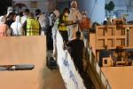 """Diciotti, sbarcati i 27 minori. Il pm di Agrigento: """"Ma a bordo situazione critica, diversi casi di scabbia"""""""