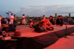 Una luce per Genova, a Selinunte gli attori si fermano per onorare le vittime