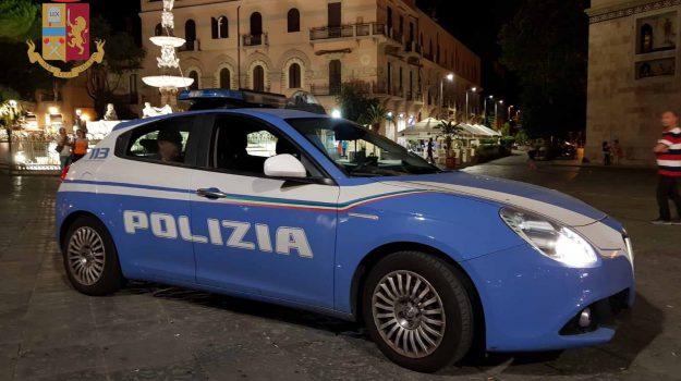 molesta turista taormina, Messina, Cronaca