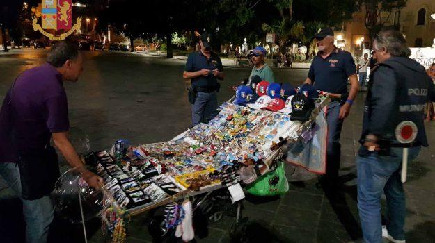 Fermato senza permesso di soggiorno, aggredisce gli agenti: ambulante arrestato a Taormina