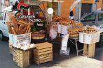 Vendevano pane in strada abusivamente, chiusi due forni a Monreale