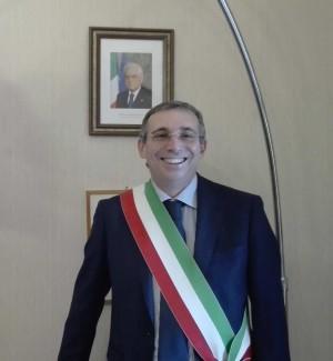 Il sindaco di Castellammare, Nicola Rizzo