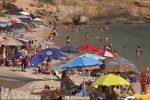 Palermo, Ferragosto sulla spiaggia di Vergine Maria
