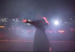 Fortaleza, affollatissima esibizione della religiosa siciliana diventata celebre vincendo The Voice 2