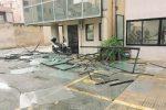Crollano per la pioggia le vetrate del palazzo degli uffici giudiziari a Marsala