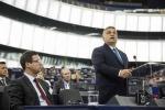 Il premier ungherese Viktor Orban davanti alla plenaria del Parlamento europeo a Straburgo