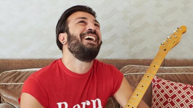 chitarrista Negramaro, Emanuele Spedicato, negramaro, Emanuele Spedicato, Sicilia, Cronaca